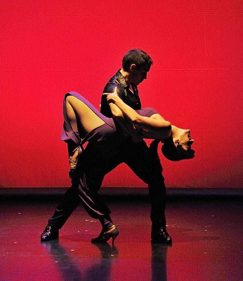Bailes de Salon y Bailes Latinos Clases de baile en Madrid  Juan Brenes Dancer